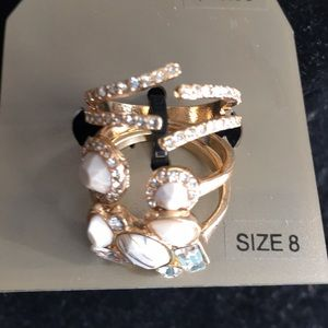 Set of three rings called natural size 8.